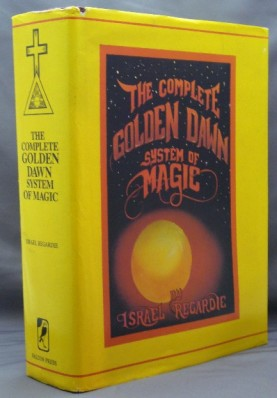 The Complete Golden Dawn System of Magic av Israel Regardie