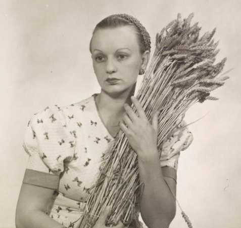 Ithell Colquhoun (Man Ray 1932)